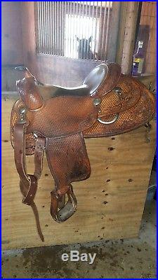15.5 Bob Loomis Saddle