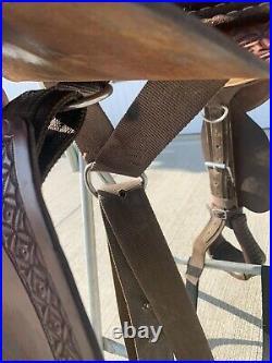 15.5 Bob Marshall Treeless Endurance Saddle