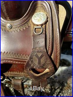 15.5 Circle Y Flex Lite Saddle