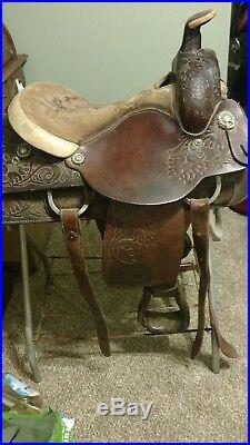 15 Circle Y All Around Roping Saddle