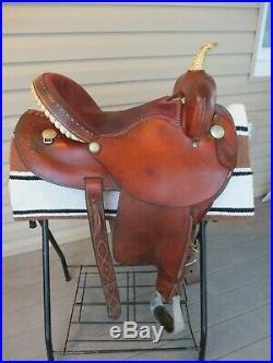 15'' DAKOTA #300 western barrel saddle QHB
