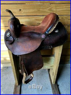 15 Dark Oil Dakota Barrel Trail Western Horse Saddle FQHB w Bling Conchos