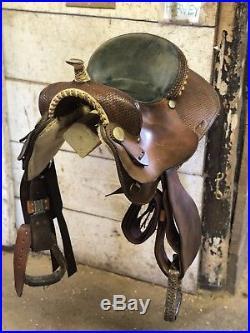15 Guffey Barrel Saddle