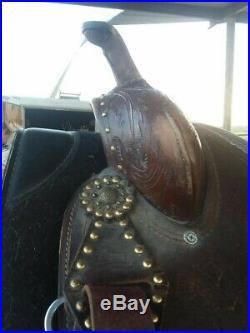 15 inch dark oil western barrel saddle