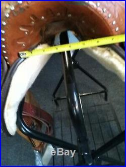 15 western barrel saddle