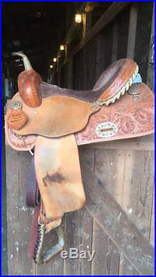 16 Alamo Barrel Saddle
