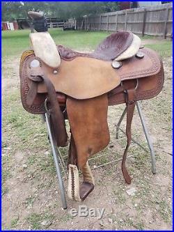 16 Billy Cook Roping Saddle