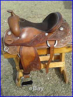 16 Reining Trail Saddle Reiner