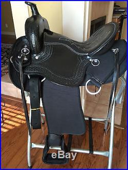16 TN Saddlery Light Weight Western Saddle Black Synthetic