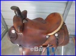 16 used Brown Dakota Slick Seat Roping Saddle with Bear Trap