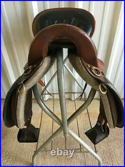 17 Tucker Equitation Endurance Saddle, Medium Tree. Very good condition