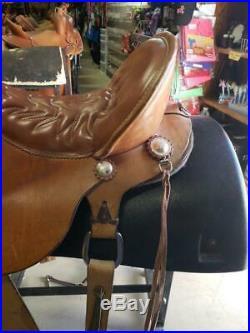 17 Used Tucker Western Trail Saddle 3-1751-1