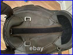 Barefoot Cheyenne Brown Leather Treeless Saddle SZ 2 Western Fenders Breastplate