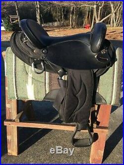 Big Horn 16 Black Center Fire Cordura Endurance Saddle