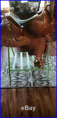 Bob Loomis / Billy Cook Reining Saddle. 16 Inch Seat. Excellent Condition