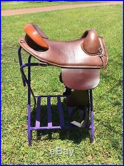 Bob Marshall Treeless Endurance Saddle 16 plus Skito pad. Comfy for horse