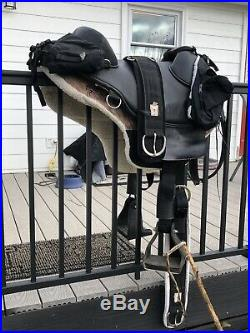 Bob Marshall Treeless Sport Saddle Endurance Style, 16-1/2 Inch Size, Black