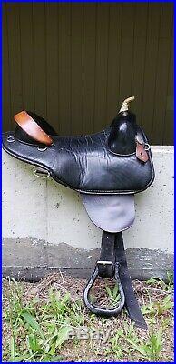 Bob Marshall sport saddle treeless western 15.5