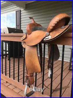Bona Allen Barrel Saddle