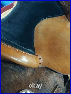 Circle Y 15 Barrel Saddle Rough Out Silver Hair On