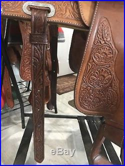 Circle Y 16 PARK & TRAIL Western Saddle Tooled Leather & Silver Metal Accents