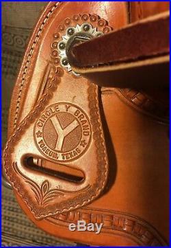 Circle Y Roping Saddle 16 Seat Wide Bar Used