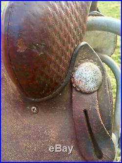 Courts Barrel Saddle 15 round skirt western saddle