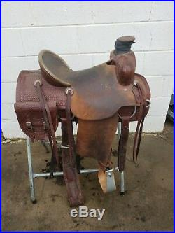 Custom Uses Handmade Wade Saddle! 16 inch Ranch Saddle