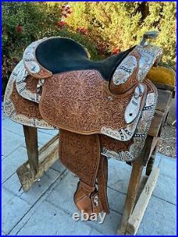Dale Chavez Show Saddle 17