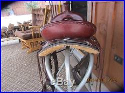 Dixieland Gaited Horse Saddle 16 Inch