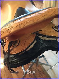 Gaited Western Saddle TN Saddlery 17 Sharp Tail Natural Blemished Discounted