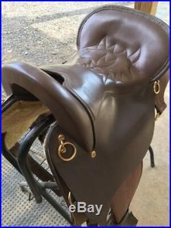 Gently Used King Series Trekker Neutron Endurance Saddle without Horn