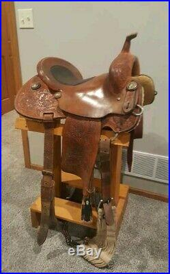 Gorgeous 15 Forever Young (Kay Young) Masters barrel saddle EUC