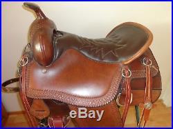 Tucker Cheyenne Western trail saddle 16.5 seat. Excellent Condition
