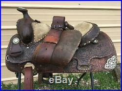 Used / vintage 16 Billy Cook tooled dark oil leather Western saddle US made