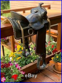Vintage Sears Western Horse Show saddle Excellent condition 15 inch seat